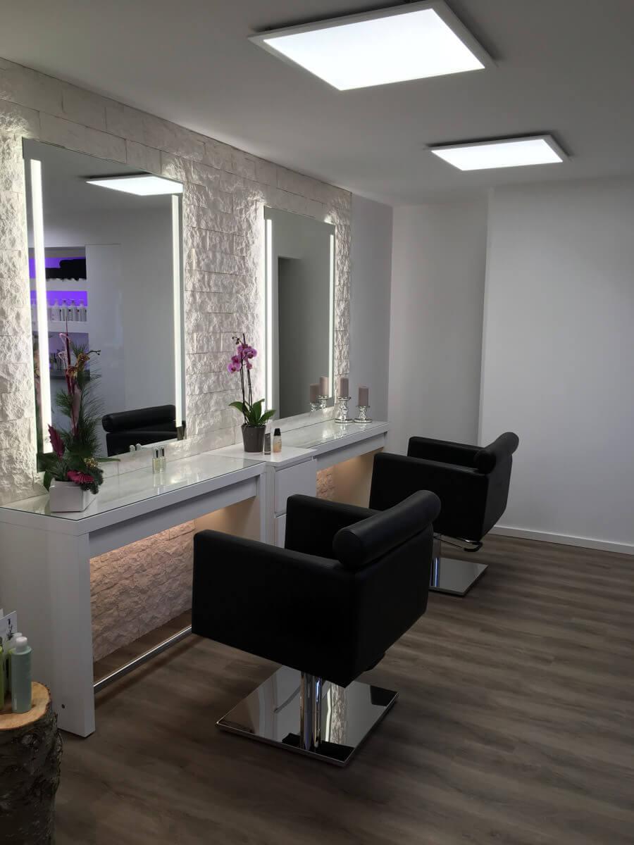 Salon – Carina Bussian
